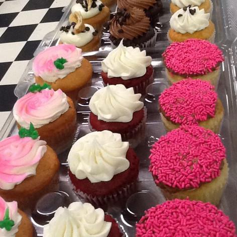 Nut Free Cupcakes | Moneta Moments