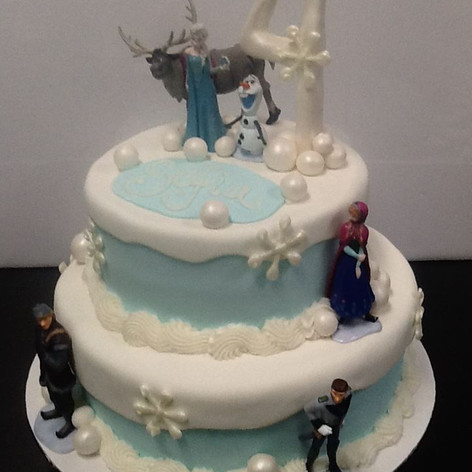 Frozen Cake | Moneta Moments