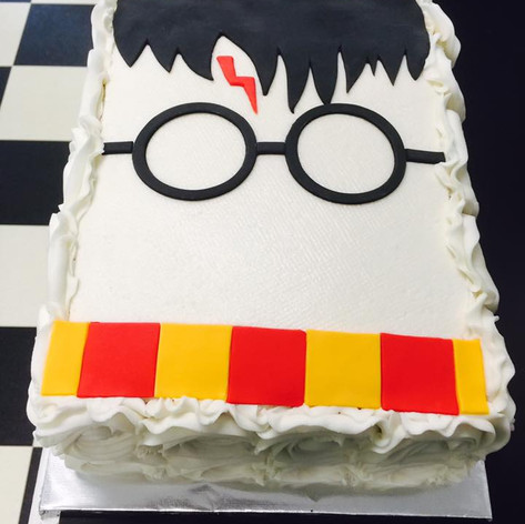 Harry Potter Cake | Moneta Moments