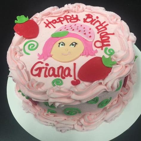 Strawberry Shortcake Cake | Moneta Moments