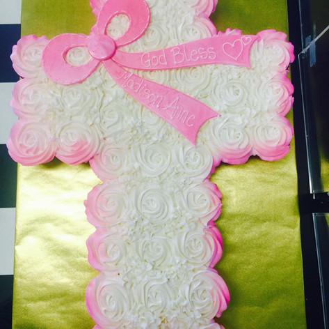 Cross Cupcake Cake | Moneta Moments