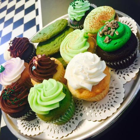 St. Patrick's Day Cupcakes | Moneta Moments