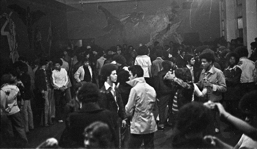 St Marys 1974.jpg