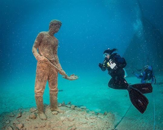 underwater sculpture.jpg