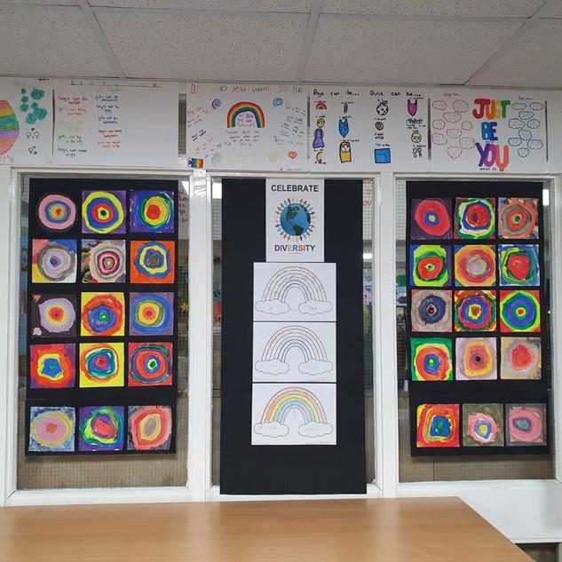 03 Longroyde Primary.jpg