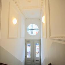 Schmuck Treppenhaus