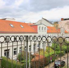 Balkon Blick in Privatstrasse