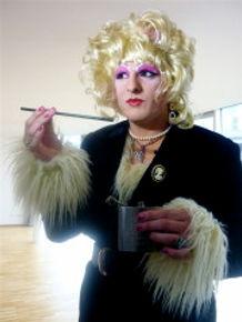 Nessy Karolinger .jpg