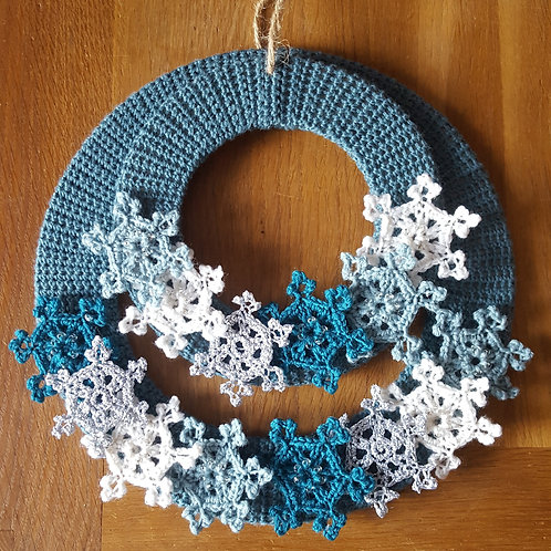 Snowflake Wreath Crochet Kit