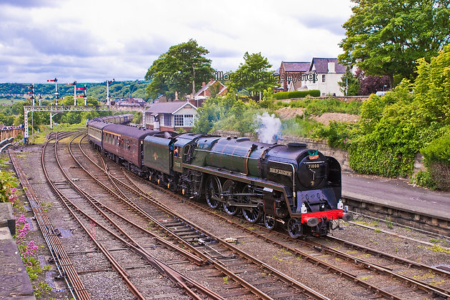 """BR Standard Class 8P : 71000 """"Duke Of Gloucester"""""""
