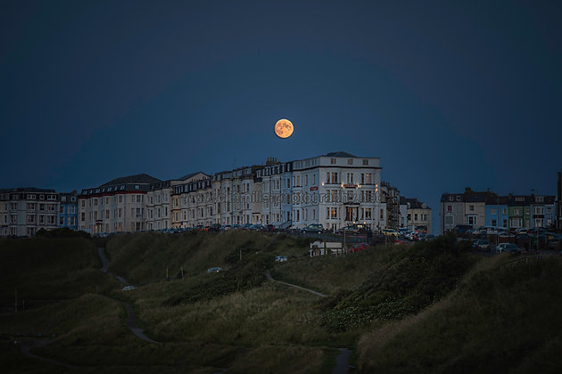 Moon over Blenheim Terrace.