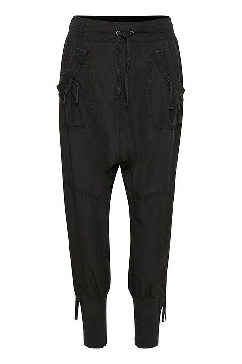 Cream pants (sort)