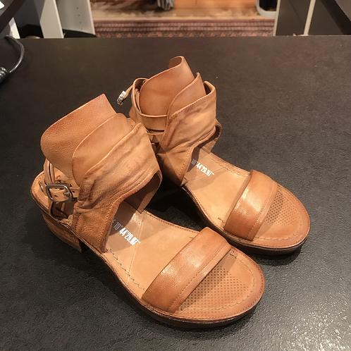 A.S. 98 sandal (brun)