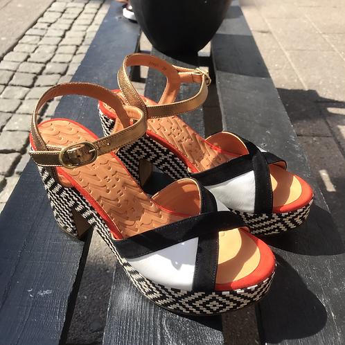 Chie Mihara sandal (sort/hvid/bronze)