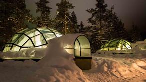 KAKSLAUTTANEN ARTIC RESORT: experiência única de dormir em um iglu de vidro no meio do Ártico