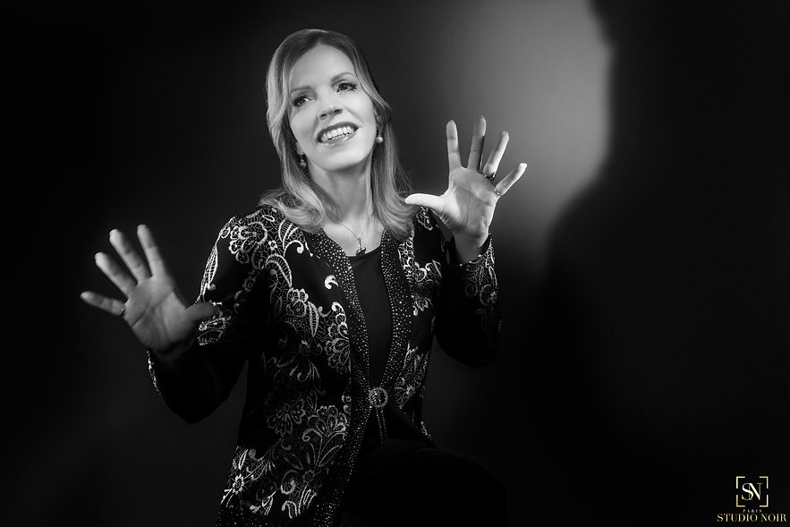 Sylvia Marinai (STUDIO NOIR)_(chic)_004.