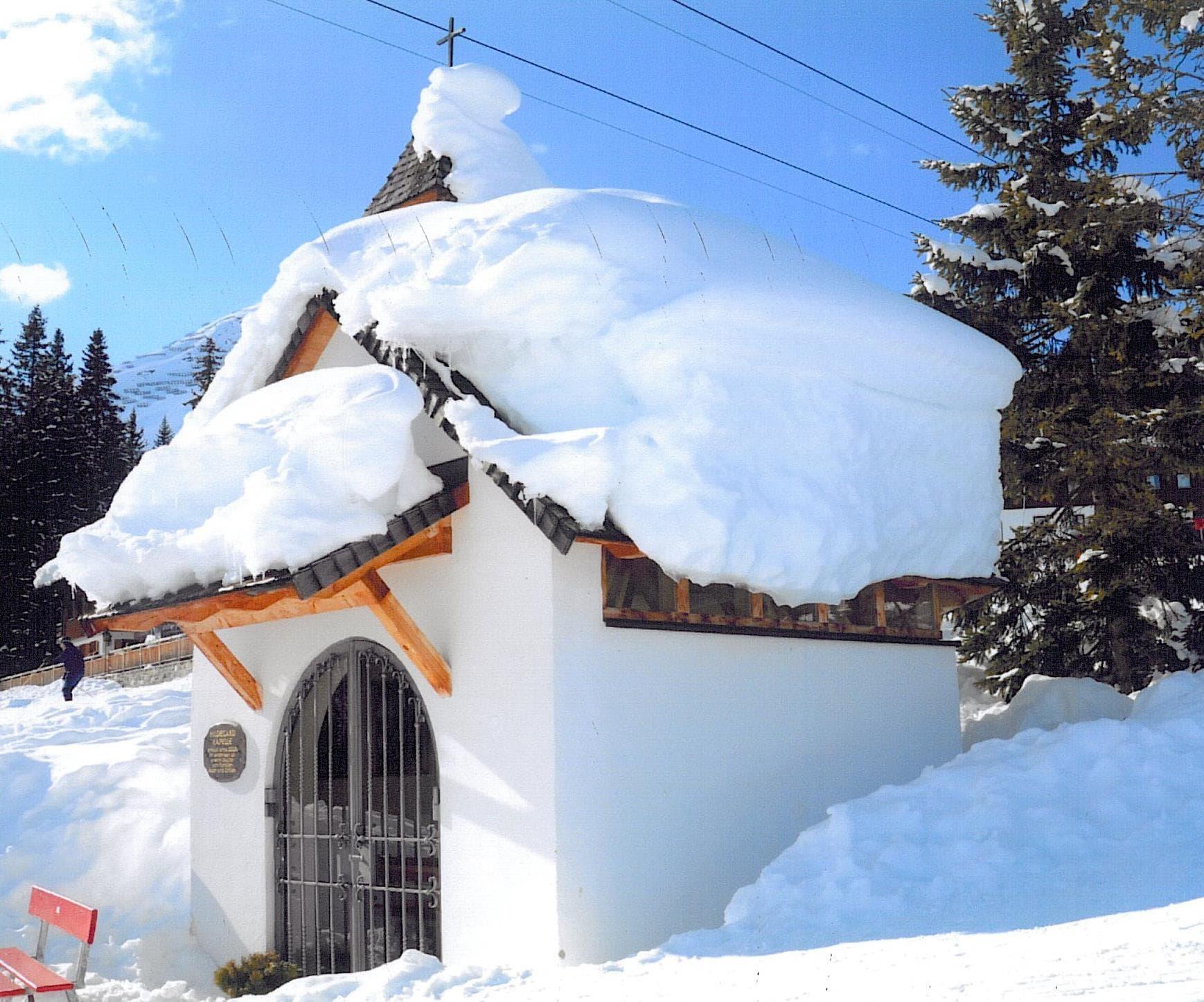Hildegard Kapelle Oberlech-min
