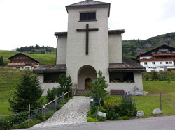 Zürser Kirche 1-min