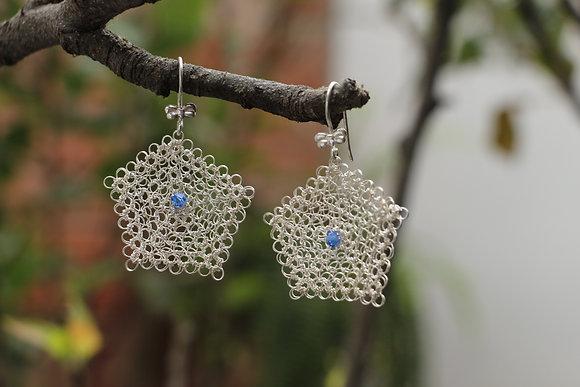 Aretes tejidos en Punto Peruano con Hilo de plata 999.9