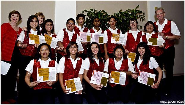 Scholarship recipients 2011.jpg
