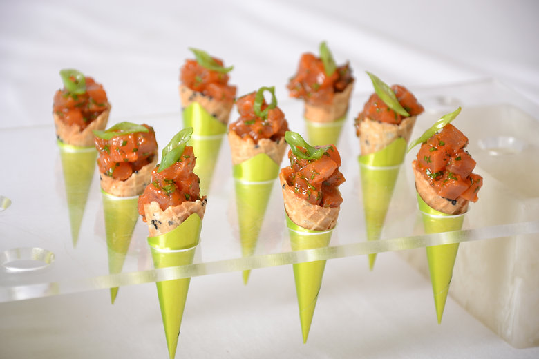 sesame-cones-with-tuna-tartar-0230.jpg