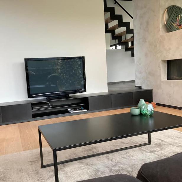 TV meubel en salontafel in staal met special coating