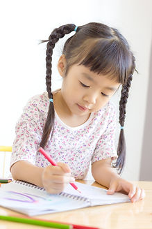 Asian girl like writing..jpg