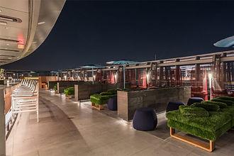 Spire 73 | Downtown Los Angeles Apartment | Apartment Locator