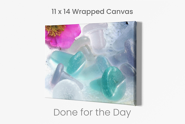minimalistic-mockup-of-a-canvas-on-a-cus