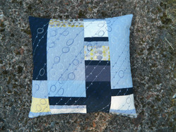 Cushion cover: Pebbles