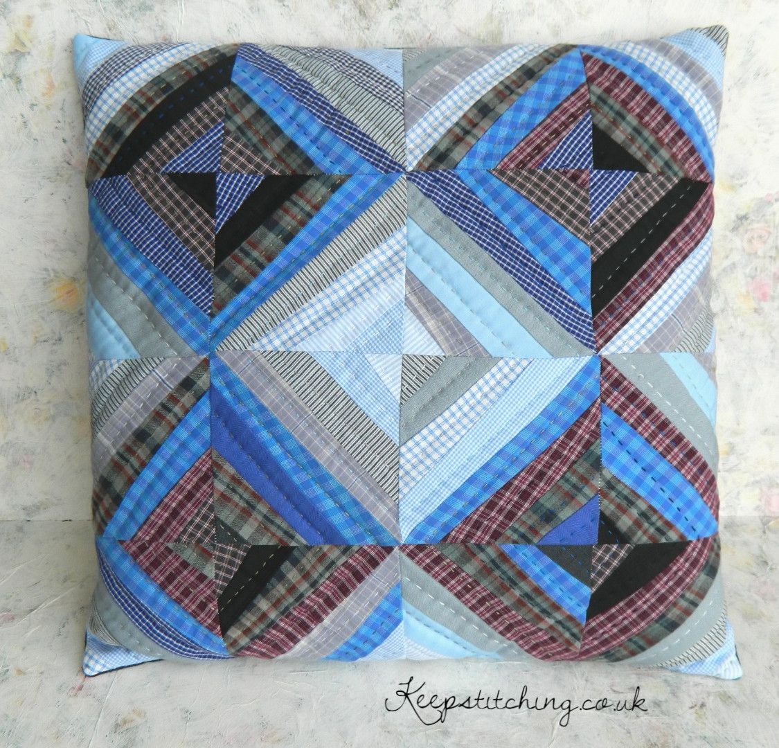 Cushion made from string blocks. keepsti