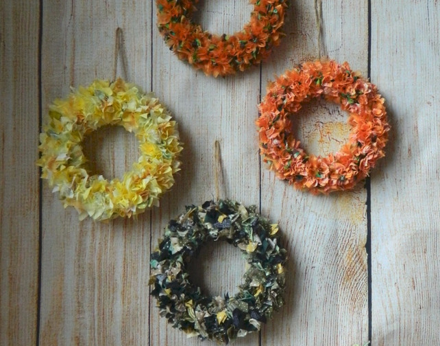 Autumn inspired projects. Wreaths and pu