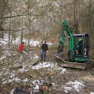 Rückbau der Feuerstelle im Januar 2021mit tatkräftiger Unterstützung (Roman Berger AG, Gartenbau)