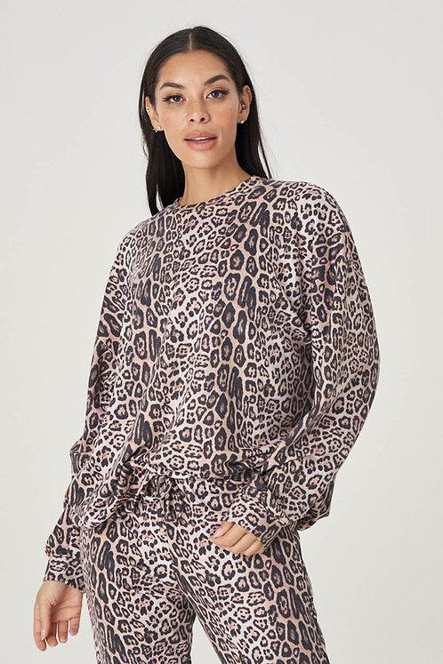 Onzie: Boyfriend Sweatshirt Leopard