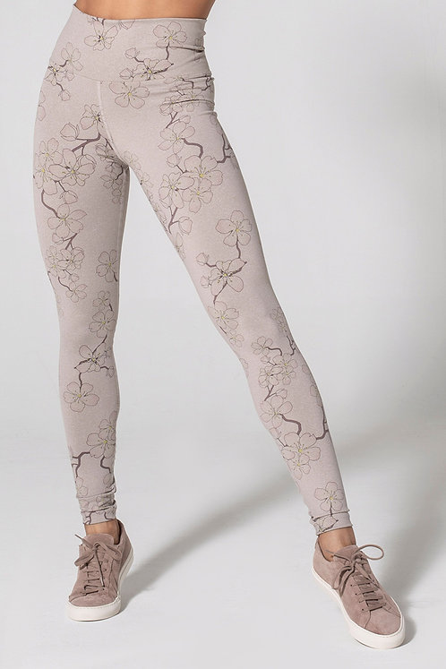 925Fit: Move your Bud Cherry Blossom Legging