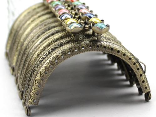5.7 Verschluss mit Farbigen Perlen (grün)