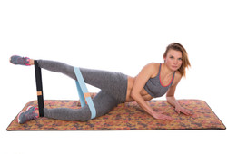resistance-bands-outer-thigh