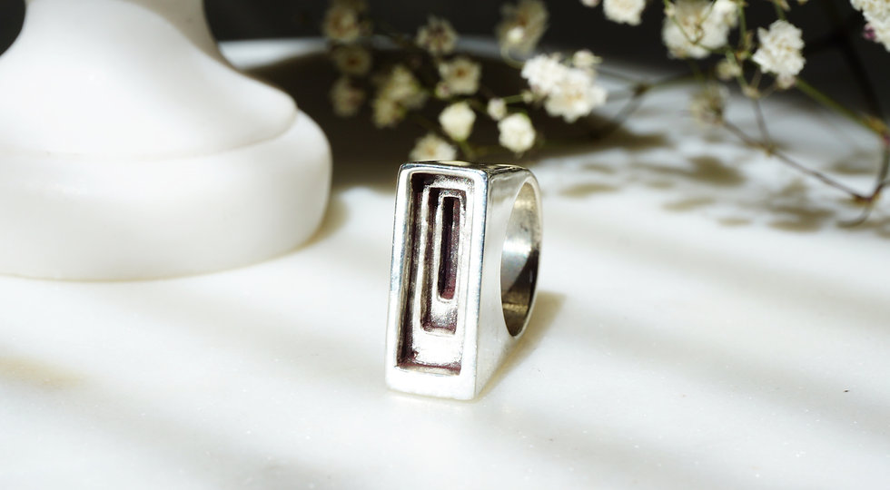 Temple Ring in Silver
