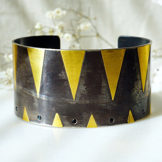 Luxor Cuff with Spinel