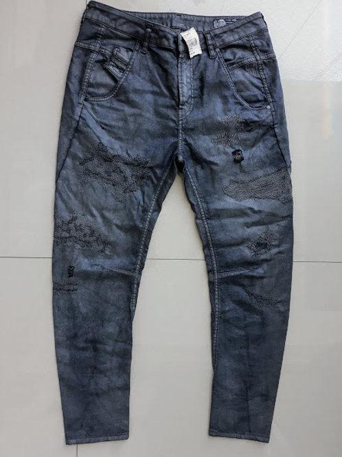 Calça Jeans destroyed da Diesel