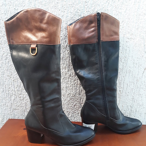 Bota Shoes