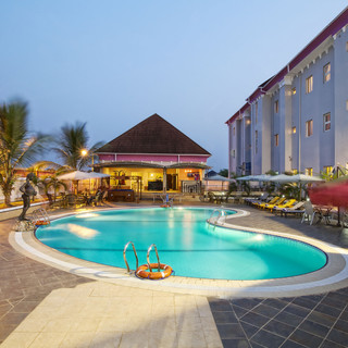 oxygen hotel owerri poolside