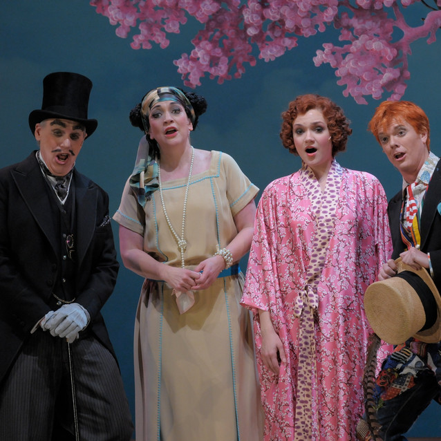 With Andrew Shore as Pooh-Bah, Andriana Chuchman as Yum-Yum and Toby Spence as Nanki-Poo | Lyric Opera of Chicago |Photo: Dan Rest