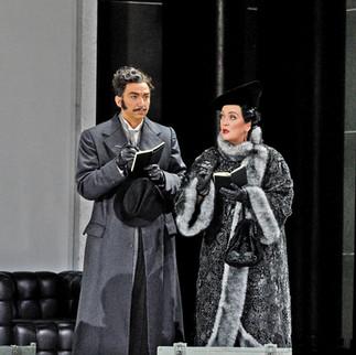 with Thomas Ebenstein as Valzacchi | Metropolitan Opera | Photo: Karen Almond