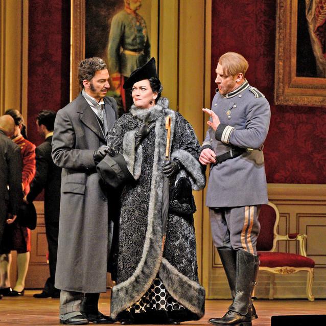 With Thomas Ebenstein/Valzacchi and Günther Groissböck/Baron Ochs | Metropolitan Opera | Photo: Karen Almond