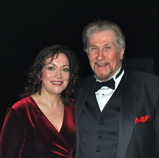 I admit I have a thing for baritones…especially fellow Iowan Sherill Milnes.