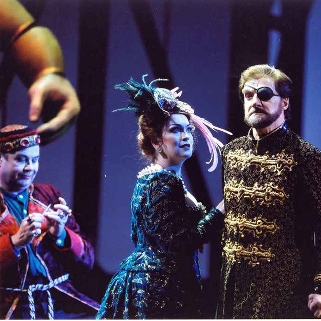 """As Fricka with Robert Hale as Wotan in """"Das Rheingold"""" 