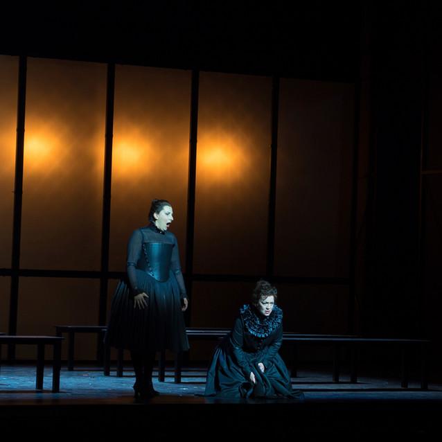 Serena Farnochia as Anna Bolena | Welsh National Opera |  Photo: Robert Workman