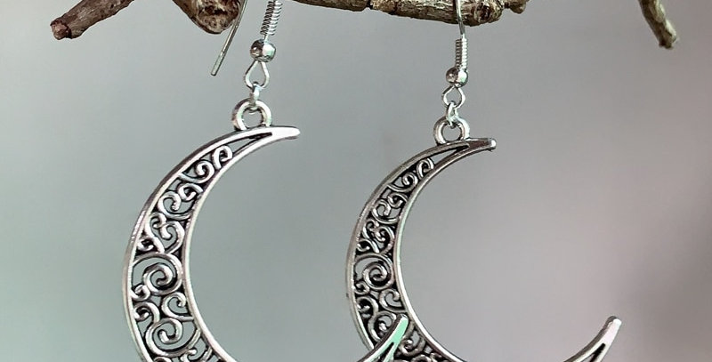 Crescent Gothic Earrings | Unique Geek Jewelry