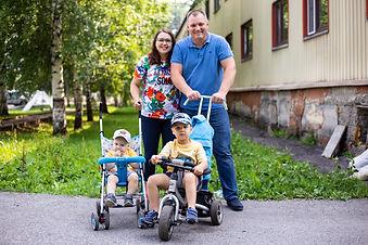 Skrebnev_Pasha&Olya.jpg